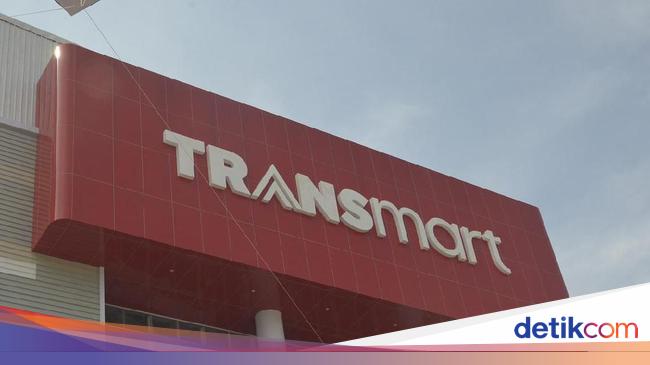 MEGA Buka Gerai di Pekalongan, Transmart Langsung Diserbu Warga