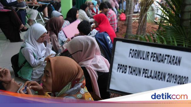 Curhat Siswa yang Terganjal Usia di PPDB DKI: Sempat Gelisah dan Stres
