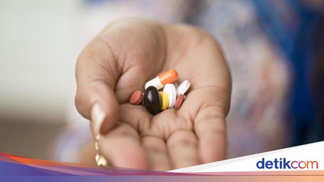 Terpaksa Minum Obat Saat Puasa? Begini Cara Menyesuaikan Aturan Pakainya