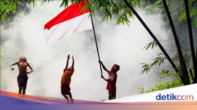 Ini Lirik Lagu Indonesia Raya 3 Stanza Yang Viral