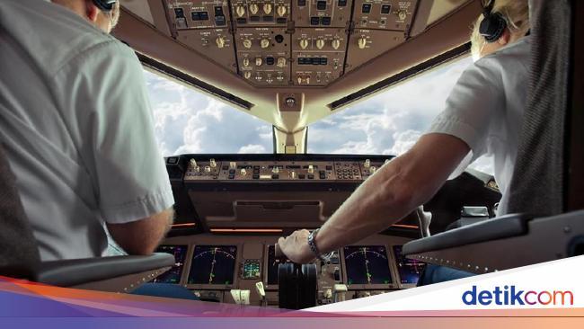 Pilot Maskapai Ini Dikabarkan Meninggal karena Covid Saat Terbang