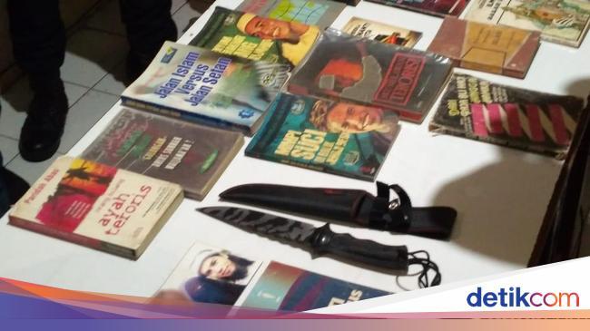 Ditangkap Densus, Pedagang Es di Cirebon Terlibat Jaringan JAD - Detiknews