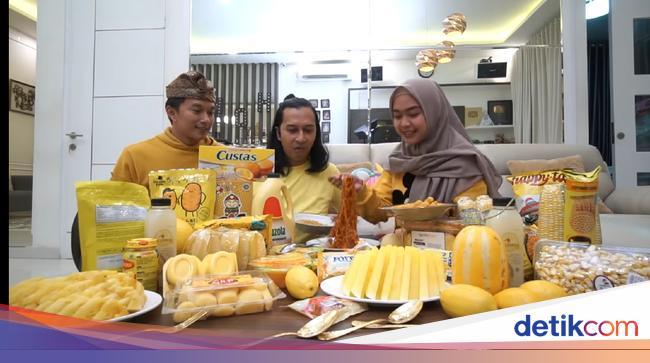 Jadi Trending Youtube Ria Ricis Seharian Makan Makanan Warna Kuning