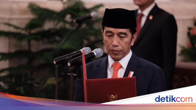Jokowi Lantik 20 Dubes RI, Termasuk Waketum PBB dan Eks Direktur Metro TV