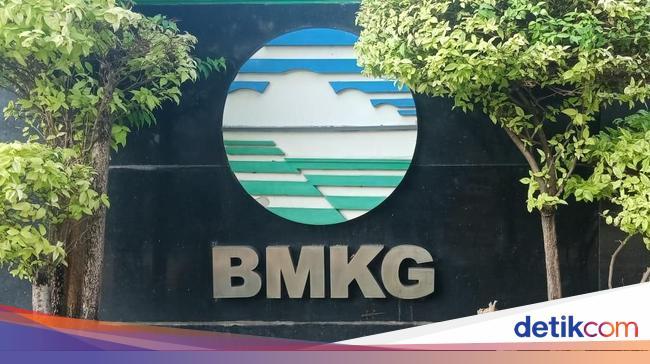 BMKG: Waspada Potensi Cuaca Ekstrem di Indonesia Sepekan ke Depan