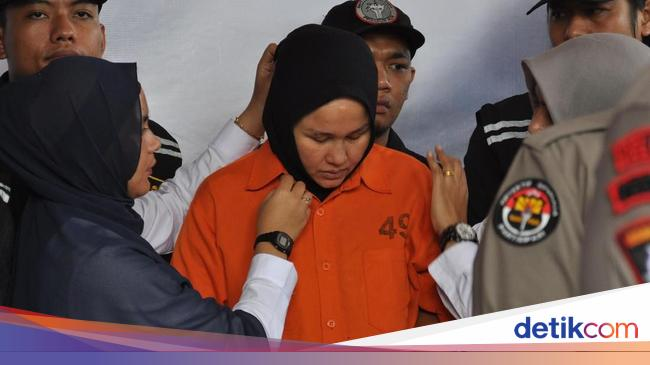 Anak Hakim Jamaluddin Minta Ibu Tirinya Dihukum Seberat-beratnya