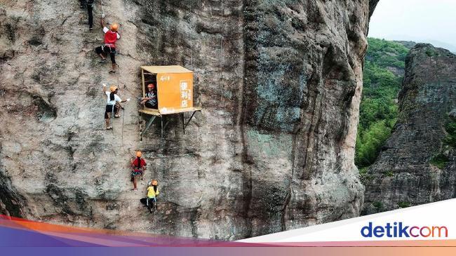 Restoran Michelin Star Tolak Kembalikan Uang dan Warung di Tebing Curam