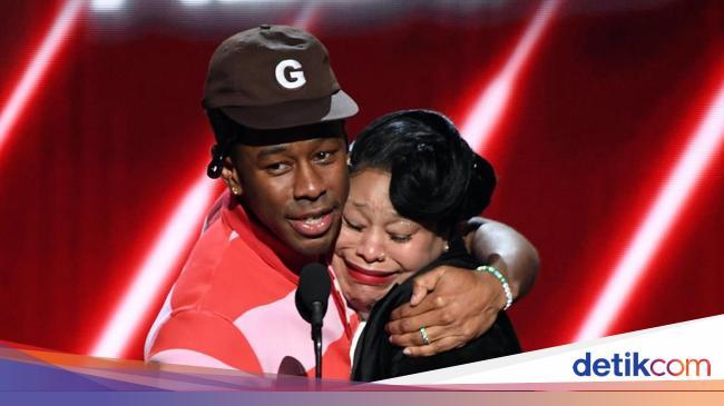 Menang Best Rap Album, Tyler the Creator Ajak Ibunda Terima Piala