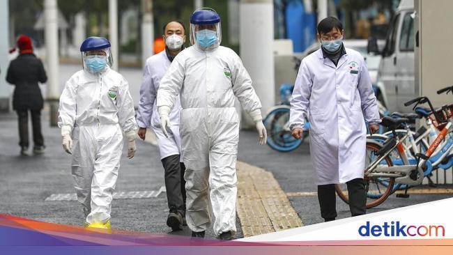 RS Darurat Ditutup, Staf Medis di Wuhan Rayakan de