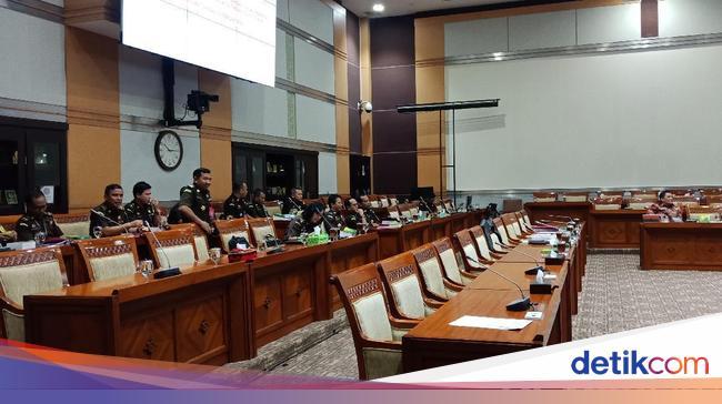 Rapat Perdana Panja Jiwasraya Bareng Jampidsus Kejagung Digelar Tertutup