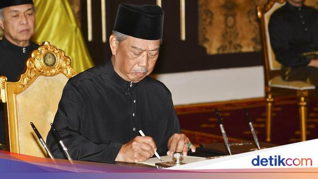 Raja Malaysia Tolak Tetapkan Keadaan Darurat, PM M