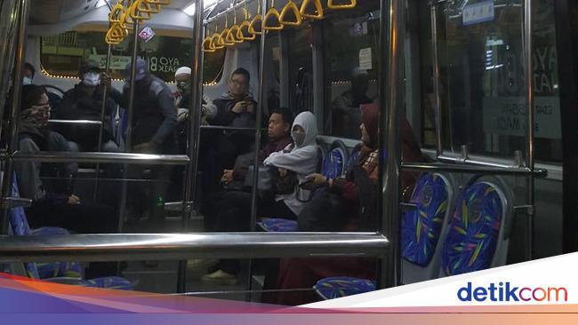 Bus TransJakarta di Bekasi Beroperasi Normal Lagi