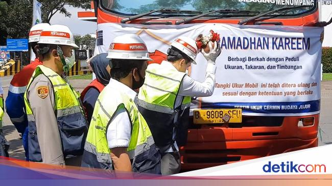 Mendag Cek Akurasi Alat Ukur dan Layanan BBM Pertamina di Bandung