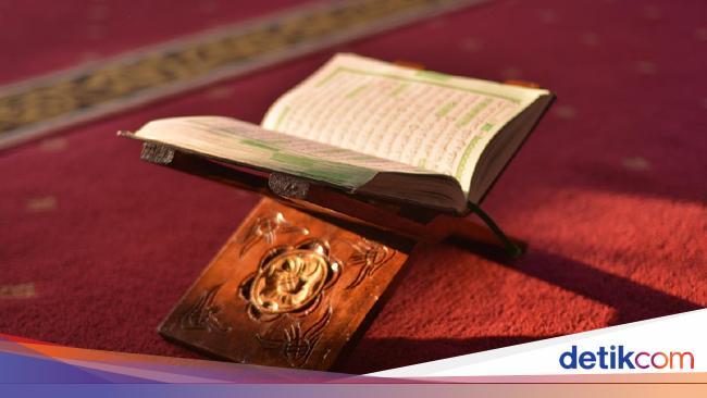 Surat Al Qari'ah, Arab, Latin, dan Artinya