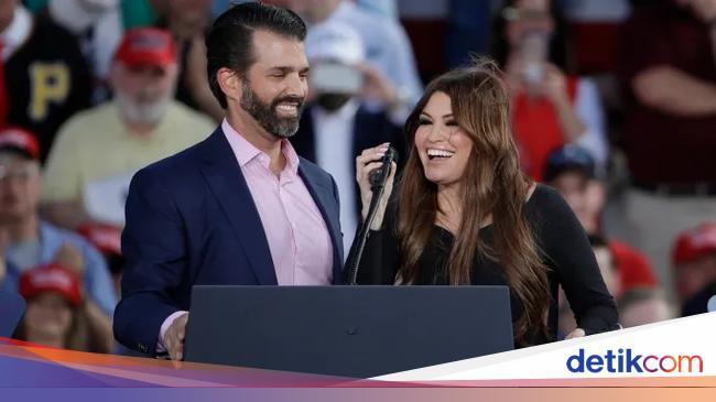 Pacar Kena Corona, Putra Pertama Trump Ikut Isolasi Mandiri Juga - detikX