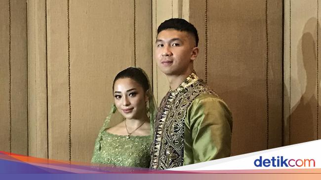 Nikita Willy Style Officially Proposed By Blue Bird Boss Indra Priawan