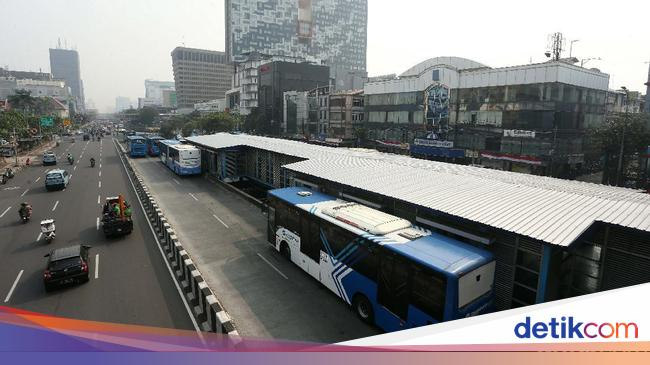 Malam Tahun Baru, Ini Jadwal Operasi TransJakarta, KRL dan MRT