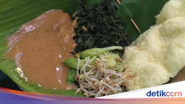5 Tempat di Tangsel Ini Sedia Sarapan Nasi Pecel Komplet