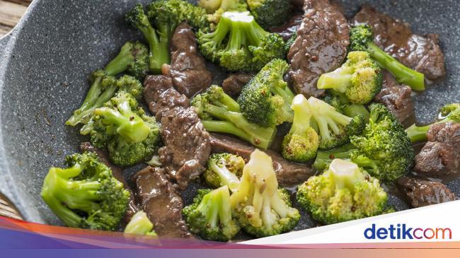 Cara Bikin Steak Daging Lada Hitam