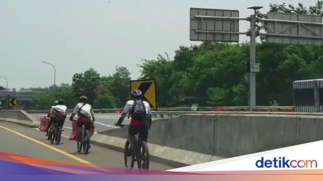 Polisi: Rombongan Pesepeda Masuk Tol Jagorawi Loading Sepeda di Rest Area