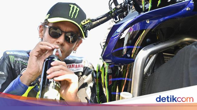Saat Rossi Bohong Soal Usianya Jelang MotoGP Emili