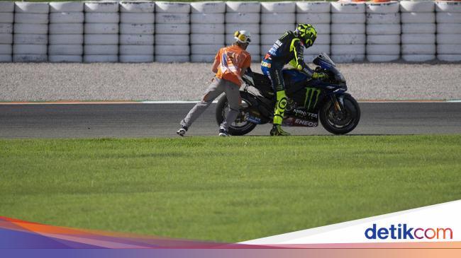 Ini Penyebab Yamaha Rossi Mogok di MotoGP Eropa