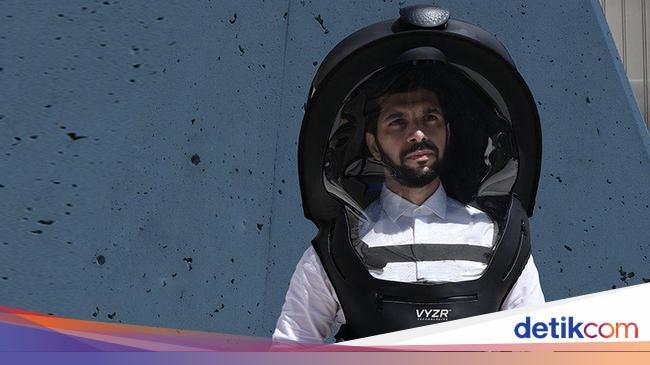 memakai-helm-untuk-menangkal-virus-corona-efektif-atau-berlebihan