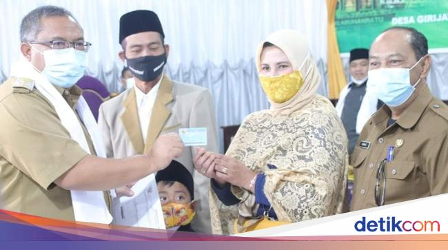 34 Tahun Menikah, Pasutri Sukabumi Ini Akhirnya Punya Buku ...