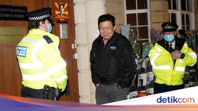 Militer Myanmar Duduki Kedutaan di London, Demonstran Berdatangan