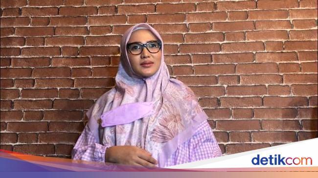 Amalia Fujiawati Kisah Nikah Siri Bambang Pamungkas Secara Diam-diam