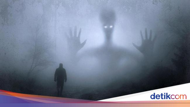 Trying to contact aliens could end life on Earth