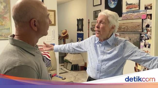 NASA Kisah Wally Funk, Pilot WanitaGaek yang keAntariksa Bareng Jeff Bezos