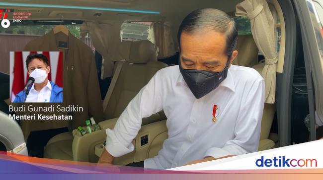 KAEF Jokowi Telepon Menkes Usai Cek Stok Obat Terapi Corona Kosong di Apotek