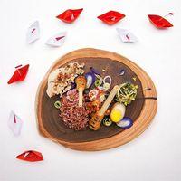 Ketika Makanan #CrazyPoorAsians Malah Viral, Indonesia Banget!