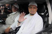 Kembali Drop, Anak Ustaz Arifin Ilham Minta Doa untuk Kesembuhan Ayahnya