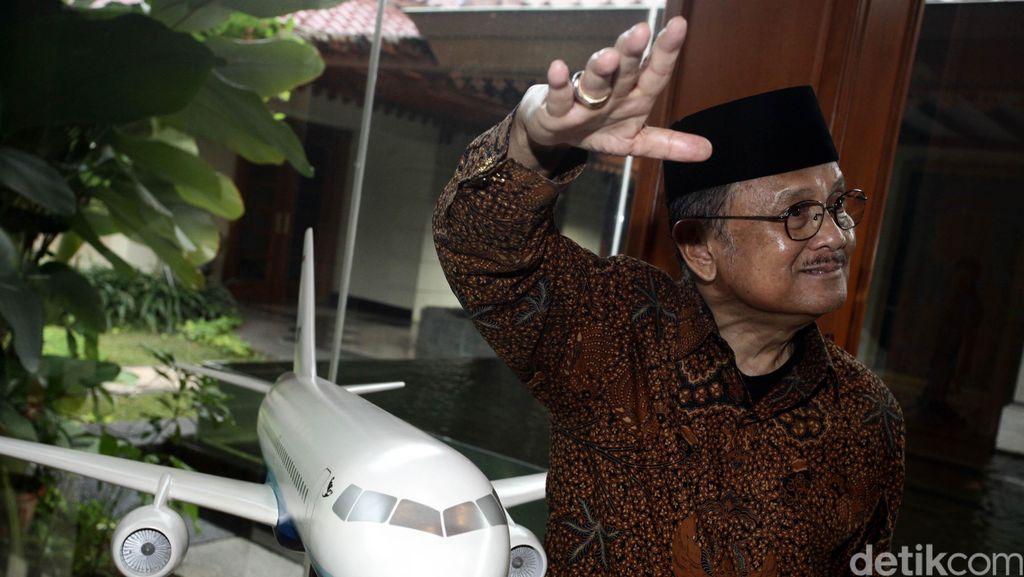 BJ Habibie Dipertimbangkan Jadi Nama Bandara Kertajati