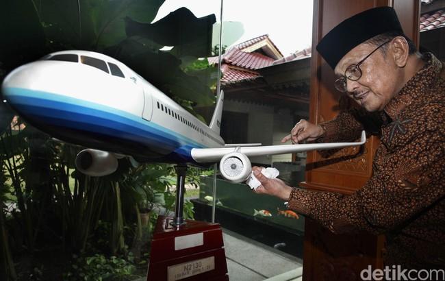 Mimpi BJ Habibie Terbangkan R80 di Udara