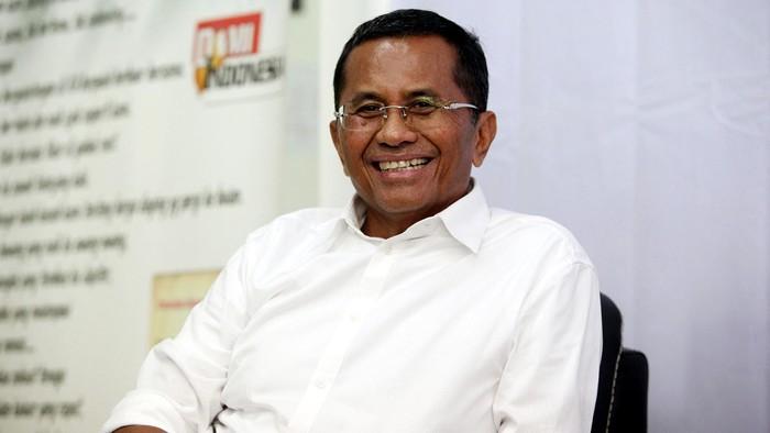 Menteri BUMN Dahlan Iskan, gagal bertemu dengan Mahfud MD Jakarta, Rabu (14/05/2014). Mahfud MD tidak hadir dalam pertemuan diskusi padepokan, bertajuk Pilpres 2014 Berkoalisi atau Berkualitas.