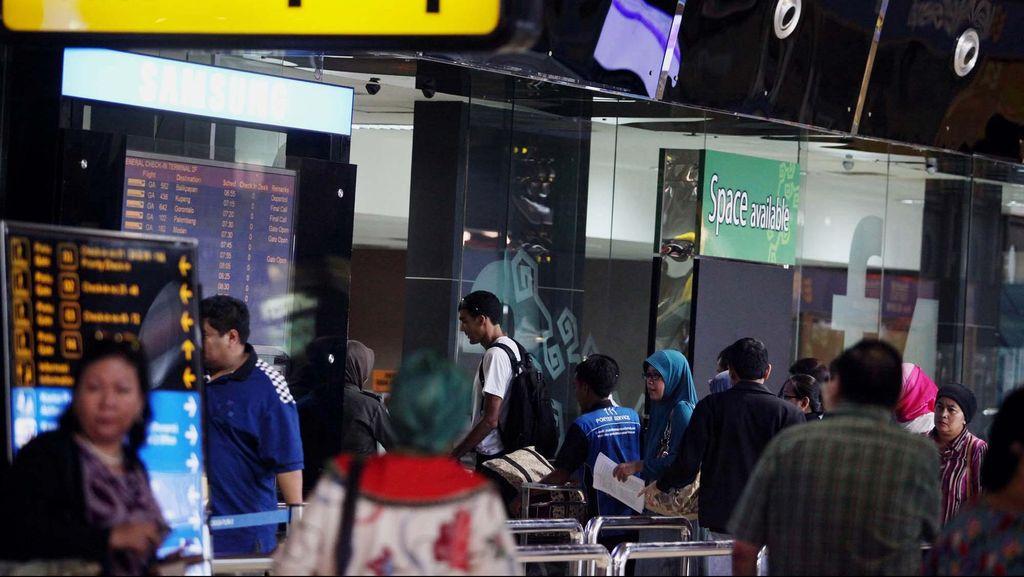 Perjuangan PJKA, Tiap Musim Hujan Dibayangi Turbulensi di Pesawat
