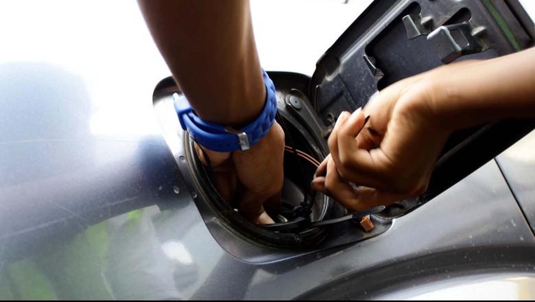 Tutup tangki mobil (Foto: Rachman Haryanto)