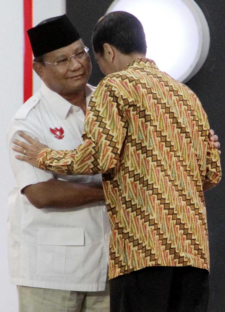 Survei Median: Jokowi Naik, Prabowo Turun, Gatot Nurmantyo 7%