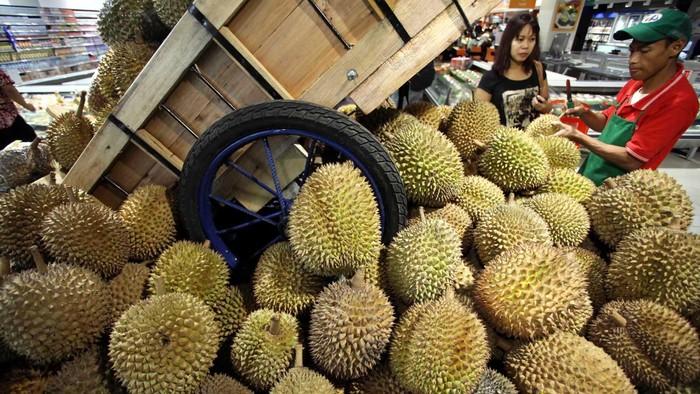 Ada banyak kombinasi buah yang menyehatkan (Foto: Rachman Haryanto)