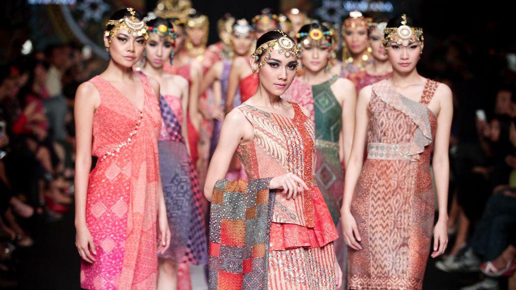 Ini yang Dilakukan Parang Kencana Agar Anak Muda Suka Pakai Batik
