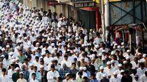 Seruan Muhammadiyah-PBNU soal Pemerintah Larang Salat Id Masif di Lapangan