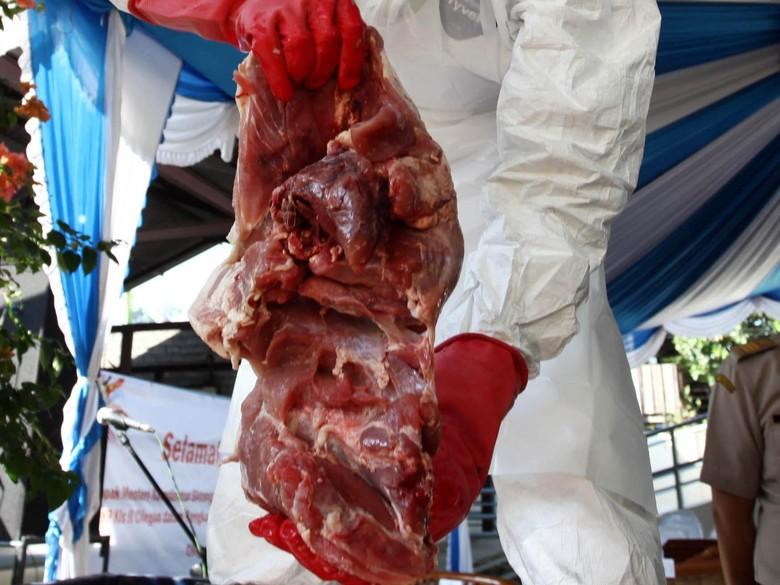 Satgas Pangan Awasi Ayam Tiren dan Daging Celeng di Jabar