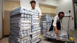 Malaysia Potong Gaji Menteri Demi Bayar Utang, RI Bagaimana?
