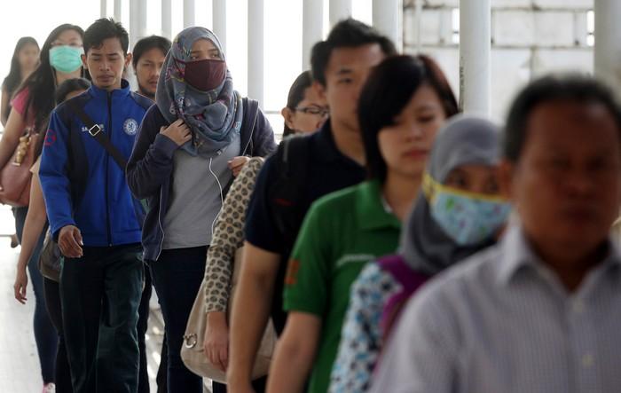 Jumat (25/7) menjadi hari terakhir para pekerja kantoran sebelum libur Idul Fitri 2014. Meski belum masuk cuti bersama, namun aktifitas kantoran di Jakarta tampak menurun.