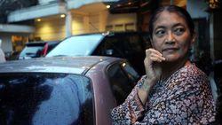 Cerita Jajang C. Noer Dibalut Kain Kafan di Jaga Pocong