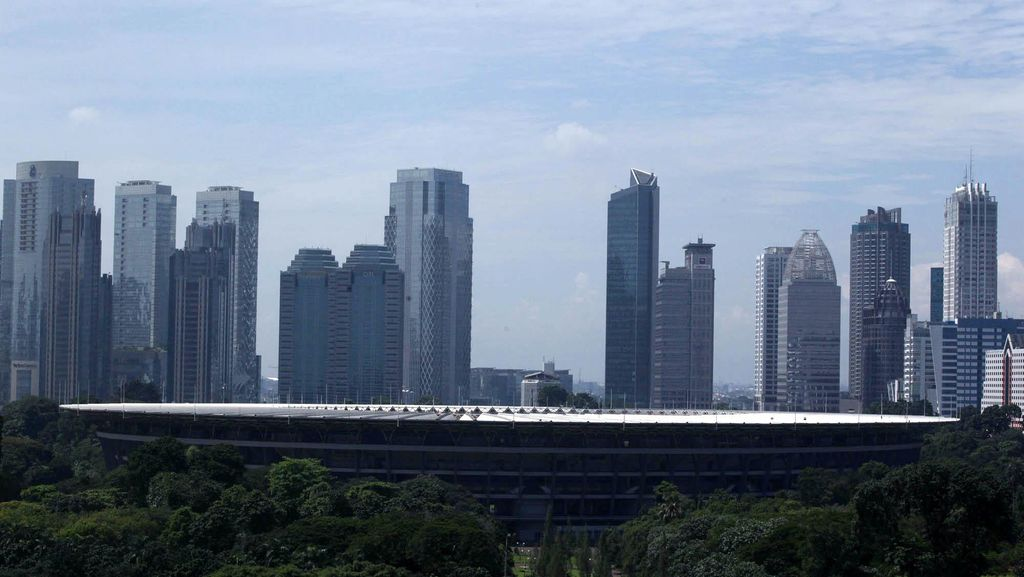 Kompleks GBK Jadi Arena Balap Mobil, Netizen Ramai-Ramai Protes