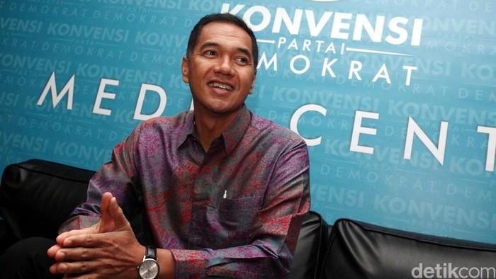 Menteri Perdagangan Gita Wirjawan saat mengikuti konvensi partai demokrat di wisma kodel, jakarta (28/8/2013). File/detikFoto.